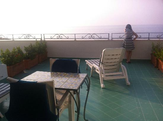 هوتل أورورا: terrace room 30 