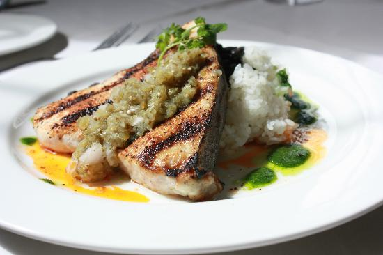 Old Lyme Inn : Swordfish