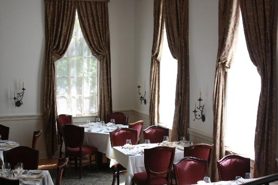 Old Lyme Inn : Main Dining Room