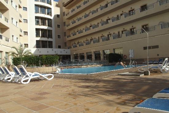 Salon picture of hotel costa narejos los alcazares for Piscina los alcazares