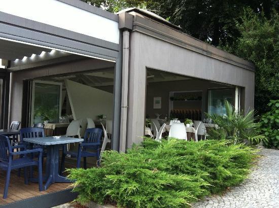 Ristorante Imbarcadero: Al fresco dining areas