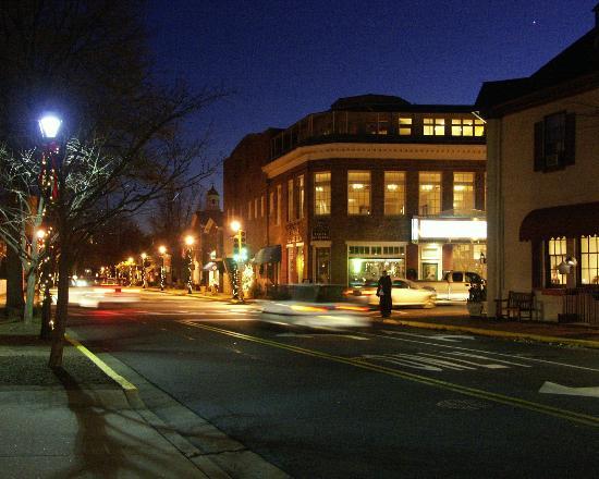Avalon Theatre: The Theatre at Night