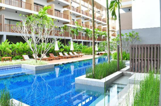 Deevana Plaza Krabi Aonang: Pool access from my room