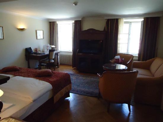 Radisson Blu Hotel Altstadt, Salzburg: Room