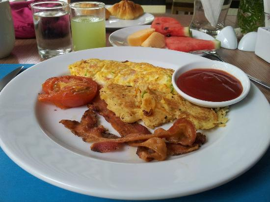 Deevana Plaza Krabi Aonang: Delicious breakfast!