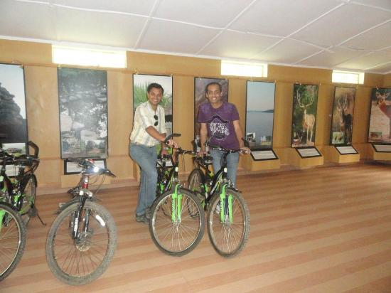 Delawadi, India: good cycles are available very cheap