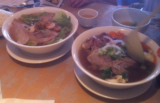 Huong Lan: Pho on the right.