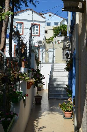 Yalcin Hotel : Stairwell/entryway