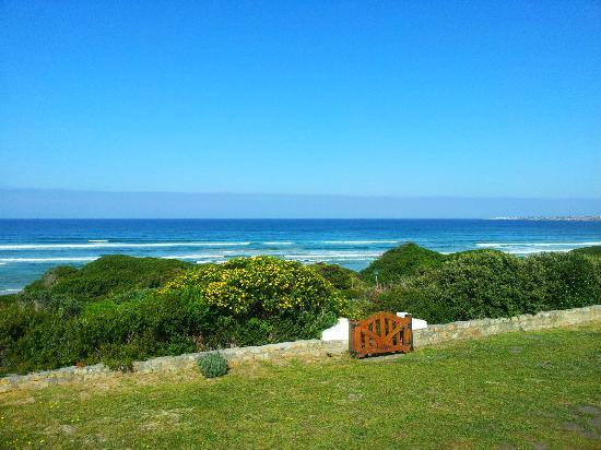 La Gratitude Villa: Great seaview proximity 