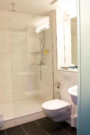Gasthof zur Sonne: Badezimmer