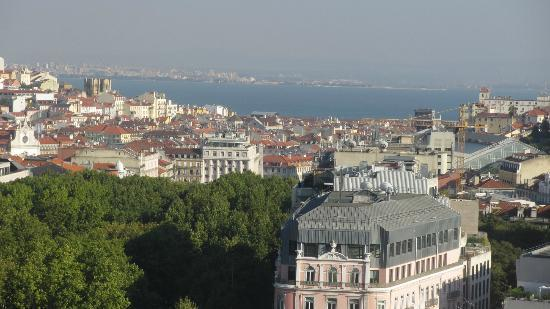 Tivoli Lisboa: View from the Skybar