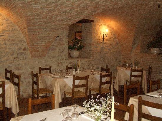 Il Convento - Antica Dimora Francescana Sec. XIII: una delle sale interne con soffitti a volte