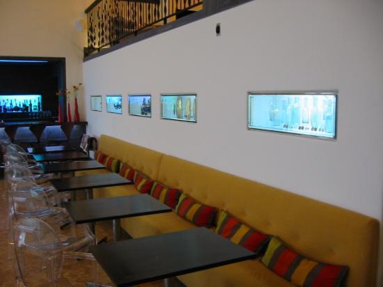 Auberge Saint-Antoine: Sunken Lobby Bar
