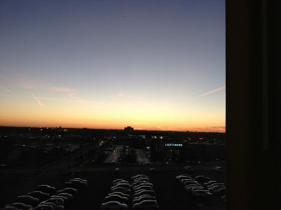 Chicago Marriott Naperville: Sunset