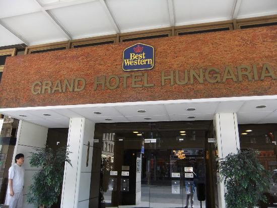 Hotel Hungaria City Center: Entrada