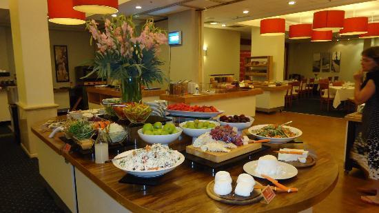 Leonardo Beach Tel Aviv Hotel: Breakfast !