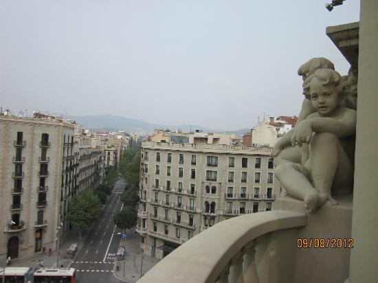 El Palace Hotel: View from room balcony