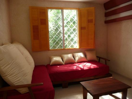 Hotel Sak-Ol K'aax: Inside a standard room