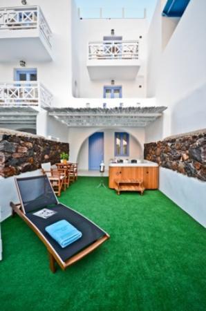 Naxos Island Hotel: Jacuzzi room