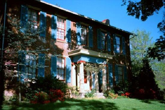 The Chaney Manor Bed and Breakfast Inn: The Chaney Manor B & B Inn