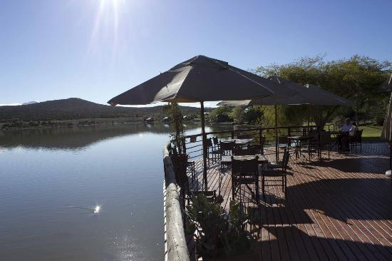 Buffelsdrift Game Lodge: Restaurant deck