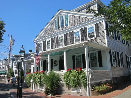 The Edgartown Inn: Fabulous porch