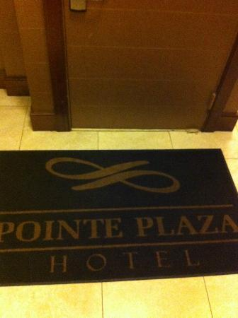 Pointe Plaza Hotel: Hotel's Branding.. Very clean area