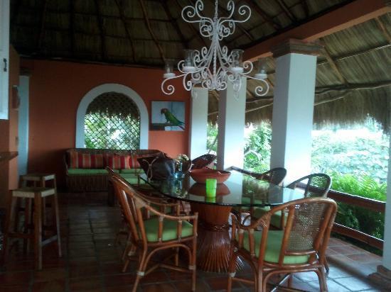 Casa de los Arcos: Dining room area
