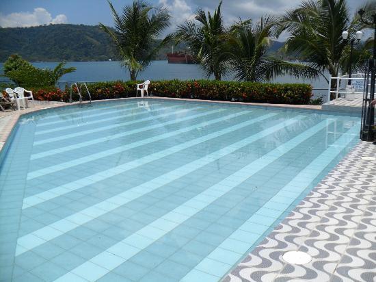 Hotel y Restaurant Samoa del Sur: Piscina