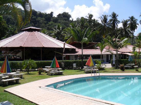 Hotel y Restaurant Samoa del Sur: Vista del restaurante desde la Piscina