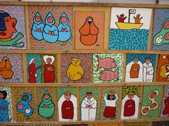 Hotel Blue Kaouki: In de medina van Essaouiria: koddige schilderijtjes