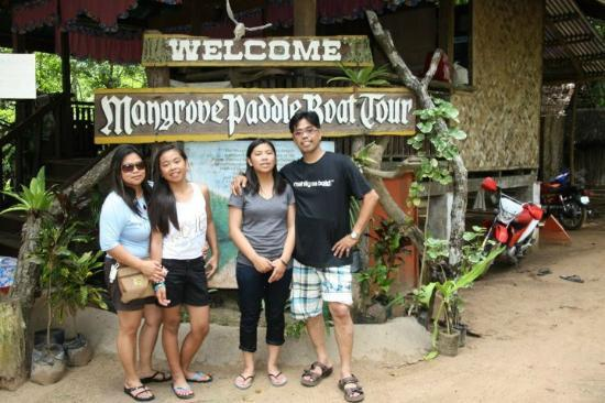 Daluyon Beach and Mountain Resort: MANGROVE TOUR ENTRANCE