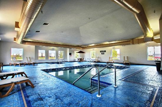 Best Western Legacy Inn & Suites Beloit/South Beloit: Indoor Pool & Whirlpool