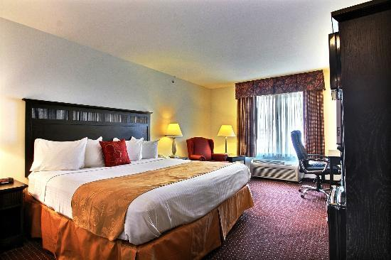 Best Western Legacy Inn & Suites Beloit/South Beloit: Standard Deluxe King Room