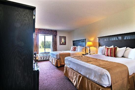 Best Western Legacy Inn & Suites Beloit/South Beloit: Standard Deluxe 2 Queen Room