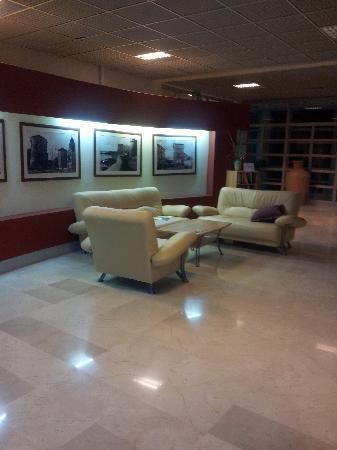 Valamar Koralj Romantic Hotel: Una sala interna dell'hotel