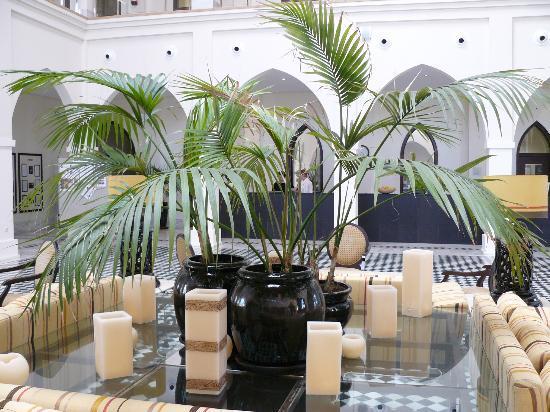 Playa Granada Club Resort: Eingangshalle