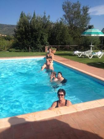 Relais Borgo San Pietro: us in the pool at Relais San Peitro