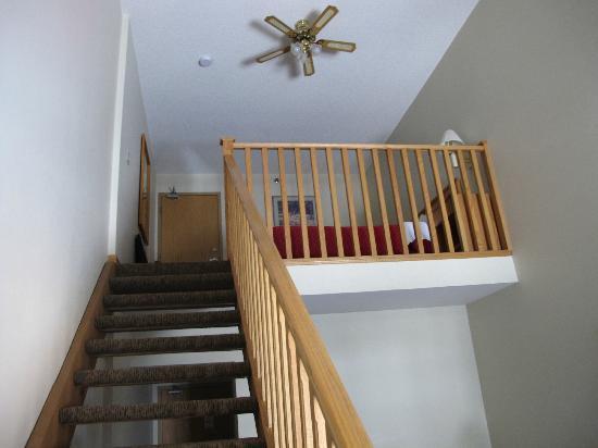 Banff Inn : The loft from below.  Clean and spacious.
