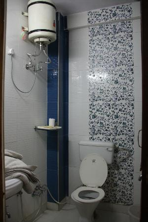 Ajay Guest House: Bathroom