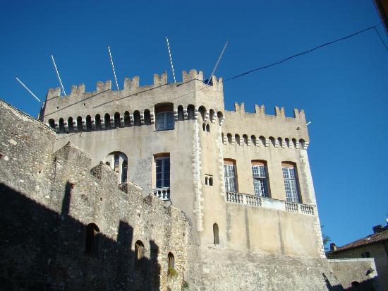Cagnes-sur-Mer, France: HAUT DE CAGNES - Grimaldi Chateau