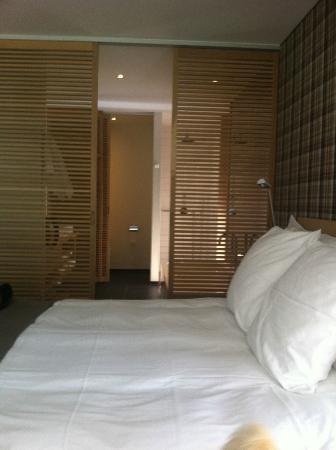 CERVO Zermatt: my lovely room, looking towards the bathroom