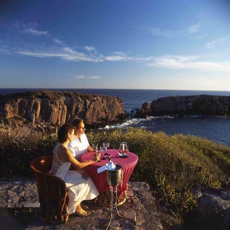 Las Alamandas: Romantic Dining with Panoramic View