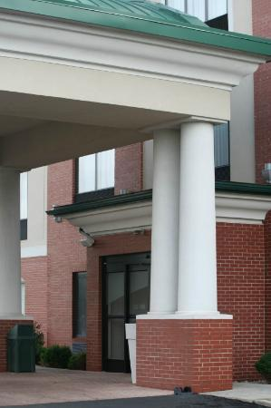 Holiday Inn Express Hotel & Suites Dubois : Entrance