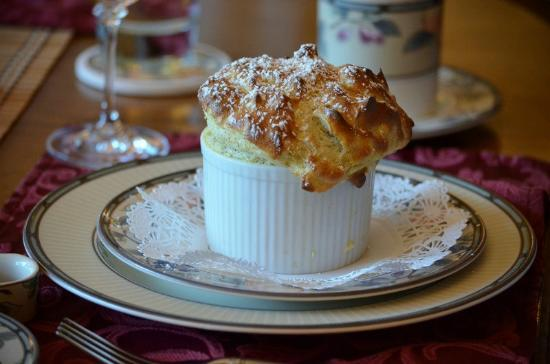Misty Valley Inn B&B: Souffle