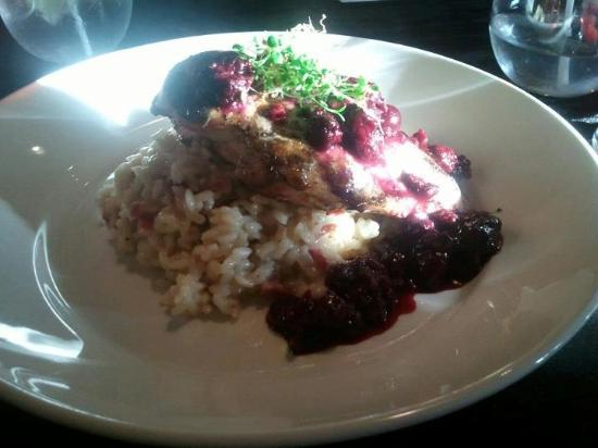 Social Resto Lounge: Chicken with blackberry sauce