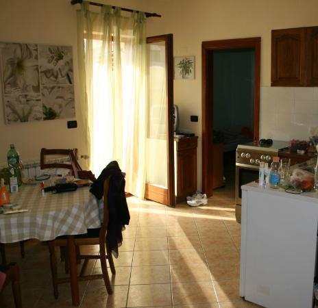 Villa Milli: Balcony, bedroom, kitchen