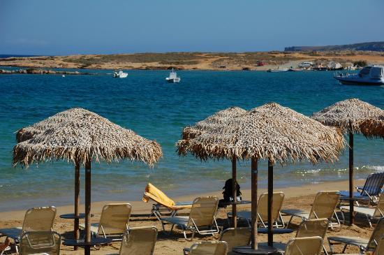 Contaratos Beach Hotel: beach area