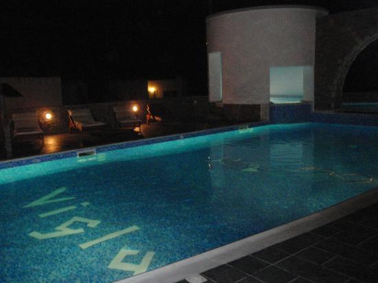 Vigla Hotel: Η πισίνα!