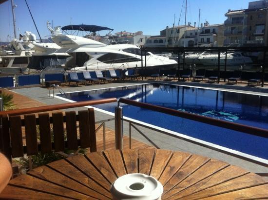 vue depuis le restaurant, durant le repas de midi - Picture of Port ...